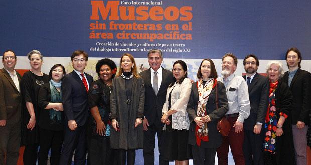 En MIB, inauguran foro sobre función de museos en siglo XXI