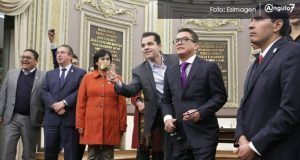 Morena y PAN piden diálogo tras pleito en Congreso