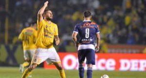 Club Puebla recibe paliza de Tigres y se despide de la Liguilla