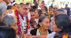 Visitar corredor de ofrendas para conservar tradición: Gali
