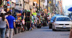 Ayuntamiento analiza que ambulantes se instalen en la tarde-noche