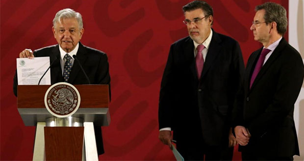 AMLO presenta iniciativa para cancelar reforma educativa de EPN