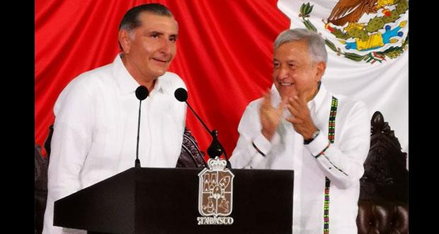 Augusto López rinde protesta como gobernador de Tabasco; AMLO asiste
