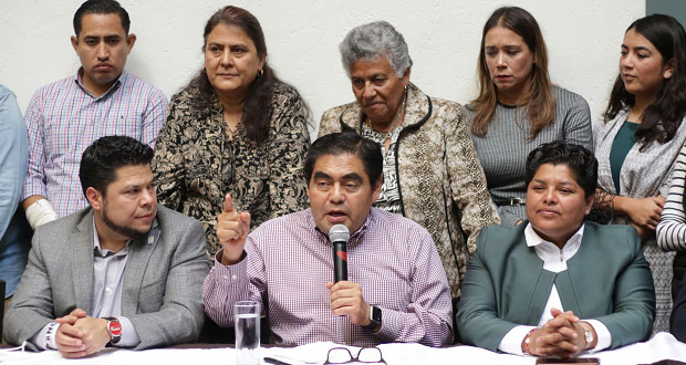 Barbosa desdeña ir a gobierno federal y encabezará colectivo