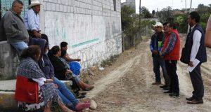 Comuna de Ahuatempan inicia pavimentación con concreto hidráulico