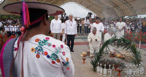 Con ritual, AMLO inaugura obras de Tren Maya