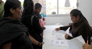 DIF de Huitzilan de Serdán otorga despensas a familias vulnerables
