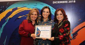 DIF reconoce a voluntarias por labor a favor de población vulnerable