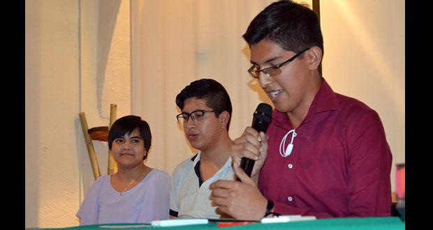 Ganan 2º concurso estatal de cuento tres alumnos de prepas BUAP