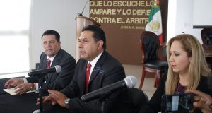 Saravia asume presidencia del TEEP