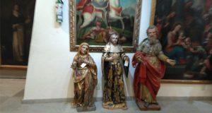 PGR recupera 2 esculturas de arte sacro robadas en Puebla desde 2001