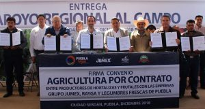 Sdrsot entrega apoyos por 82 mdp y atestigua 5 contratos agrícolas