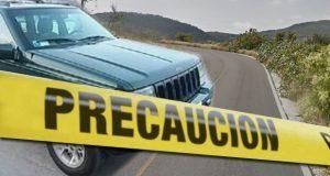 Choque en la Tetela-Huehuetlán deja dos adultos y un niño muertos