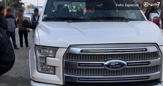 Acribillan a hombre al interior de camioneta en la San Hipólito-Xalapa