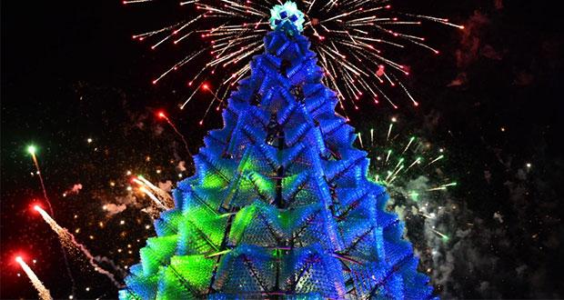 Árbol de Navidad hecho de PET gana récord Guinness en Aguascalientes