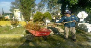 Ayuntamiento realiza labores de mantenimiento en Zacachimalpa