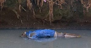 Entre Puebla y Tlaxcala, encuentran cadáver maniatado en río Atoyac