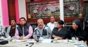Comerciantes informales de Puebla exigen destitución de Ana Dixon