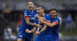 """Con """"cruzazuleada"""", La Máquina vence a Monterrey y pasa a la final"""