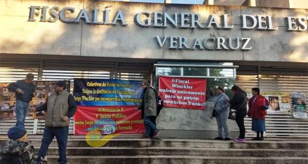 En Veracruz, familiares de desaparecidos exigen renuncia del fiscal