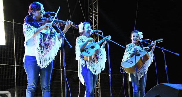 """Antorcha inaugura 3ª edición de festival """"La Conchita"""" en Atlixco"""