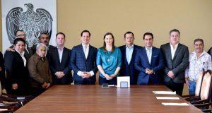 Martha Erika Alonso se reúne con liderazgos del PVEM