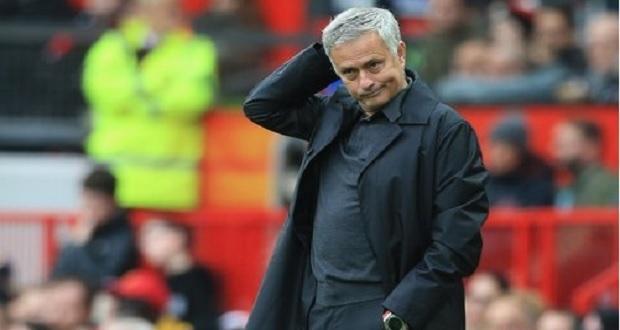 Manchester United despide a Mourinho como director ténico