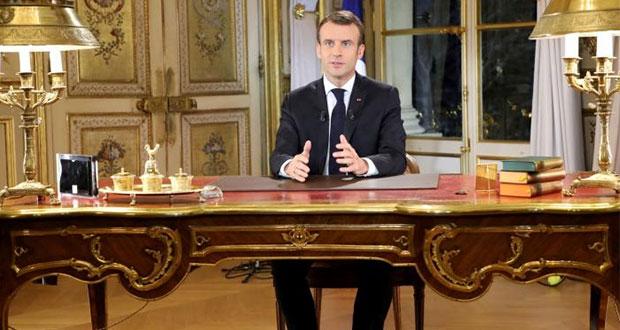 Macron aumentará salario mínimo en respuesta a protestas en Francia