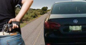 Automovilistas presencian secuestro en carretera de Tlacotepec