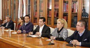 Panistas critican sesión de Congreso para asunción de Martha Erika
