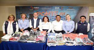 DIF y SEP dan mil 432 piezas de ropa y calzado deportivo a jóvenes