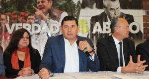 Armenta denunciará a FGE por daño moral tras señalarlo de fraude