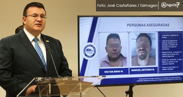 FGE detiene a 2 por homicidio de alumno en Tehuacán y libera a 4 plagiados