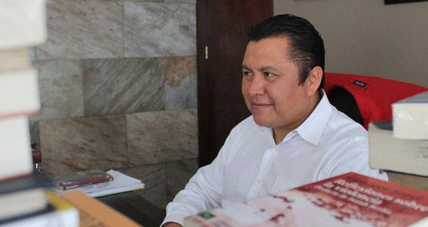 """En """"asamblea"""", destituyen a Juárez de dirigencia sindical; es ilegal, revira"""