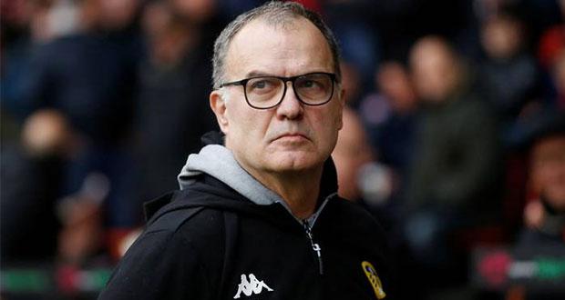 Marcelo Bielsa, técnico del Leeds, acepta espiar a equipos rivales