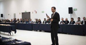 En BUAP, rector, directores y funcionarios comparten rosca de Reyes