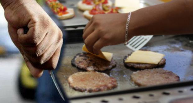 En Los Héroes, sujetos navajean a vendedor de hamburguesas