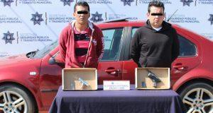 En Villa Posada, detienen a 2 probables asaltantes de cuentahabiente