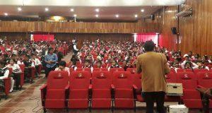 Antorcha promueve proyección de cine educativo en Tecomatlán