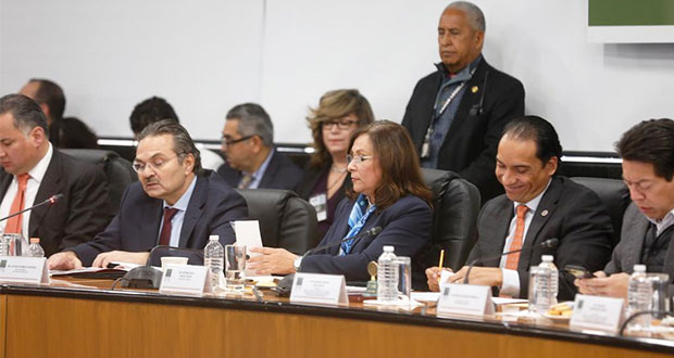 Cerrar ductos contra huachicol es cumplir con ley: Pemex en Congreso