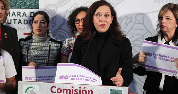 En Oaxaca, obligan a renunciar a 3 alcaldesas y ponen a hombres: INE