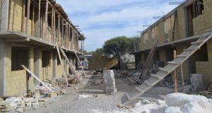 Albergue para jornaleros agrícolas en Ixcaquixtla, con 60% de avance