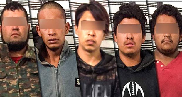 Detienen a cinco por posesión ilegal de arma en Guadalupe Victoria