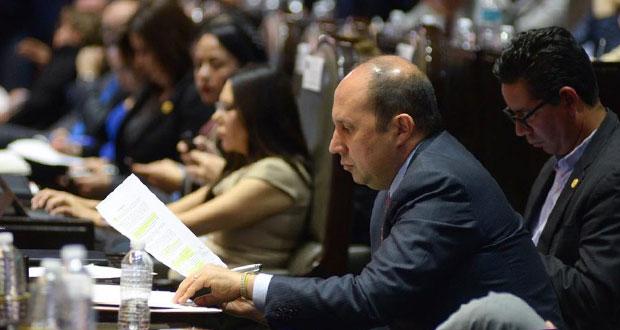 Manzanilla propone incentivo fiscal a quienes empleen a jóvenes