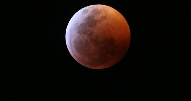 Así se vio el eclipse de Súper Luna de Sangre en Puebla y el mundo