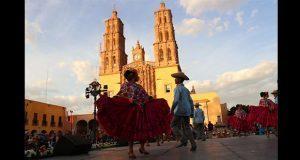 Con mariachi, homenajean a José Alfredo Jiménez en Guanajuato