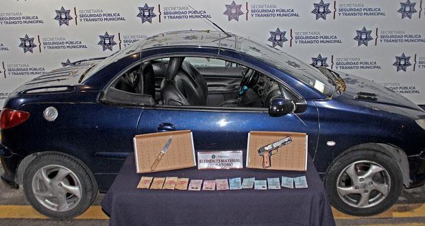 Caen 2 menores ligados con robos a transporte público en capital