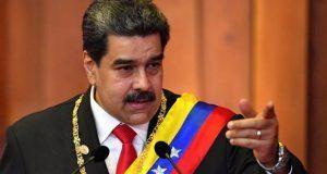 ¡Que viva México!, dice Maduro en toma de protesta como presidente