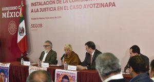 Prevén dar resultados de comisión para Ayotzinapa en 6 meses