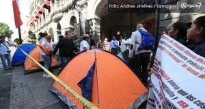 Casos de exsindicalizados se revisarán si levantan plantón, sostiene Rivera